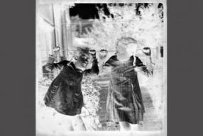 Visita al Archivo Histórico Fotográfico del IEFC: