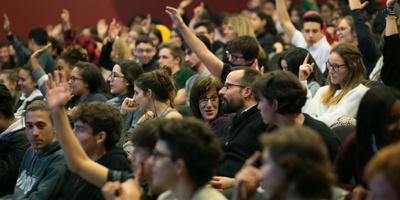 Conferències per a estudiants de secundària