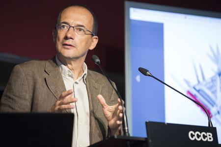 Contra la saturación digital: Roberto Casati