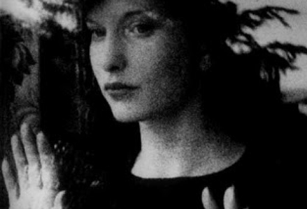 Meshes of the Afternoon (Maya Deren, 1943)