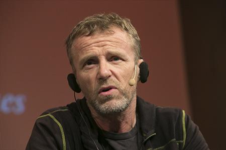Jo Nesbø, Marc Pastor i Serielizados
