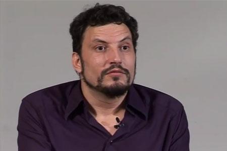 """Raúl Minchinela: """"El #15M comporta una reivindicació del llenguatge"""""""