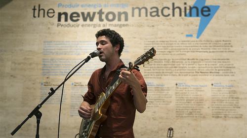 Inauguración de «The Newton Machine»