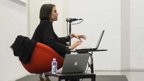 Nous models de negoci a la indústria editorial: abundància de continguts, formes d'accés i generació d'ingressos