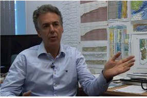 César R. Ranero: «El petróleo cada vez va a ser más caro y su precio, más volátil»