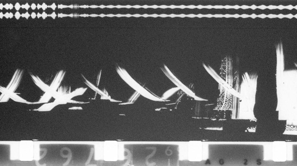 Particles in Space, Len Lye, 1979