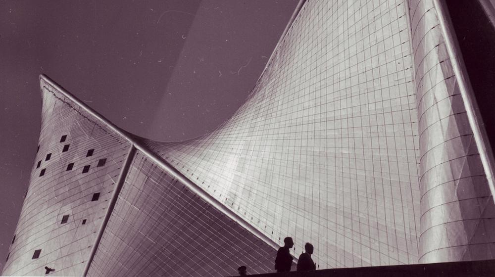 Pavelló Philips de Le Corbusier i Iannis Xenakis per a l'Exposició Universal de Brussel·les de 1958.