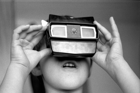 Back to the (Virtual) Future: Immersion and Digital Materiality in Museums