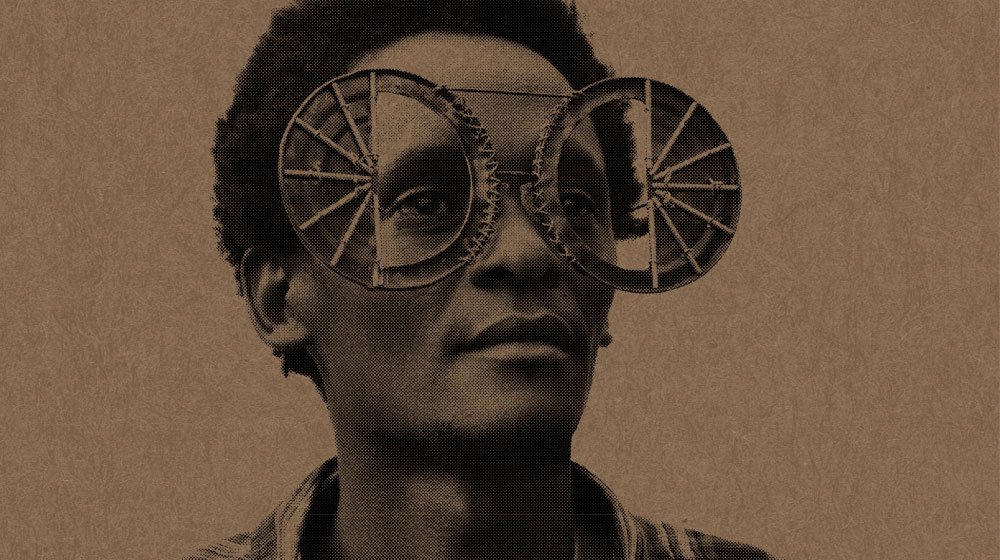 Cyrus Kabiru, Ulleres meravella (C-Stunners) 2012. Sol Caribeño (Caribbean Sun). © Cyrus Kabiru. Foto: Miguel Luciano.