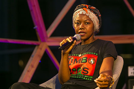 NoViolet Bulawayo i Gemma Parellada