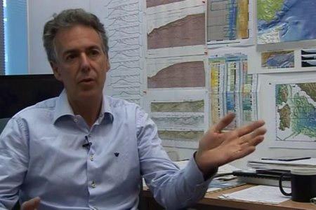Entrevista a César R. Ranero