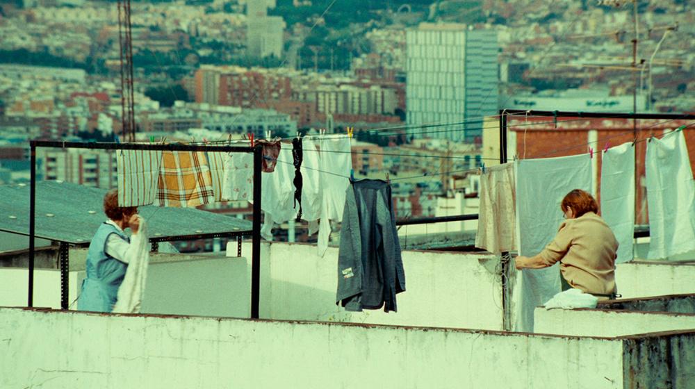 frame of 'Luisa no está en casa' by Celia Rico Clavellino
