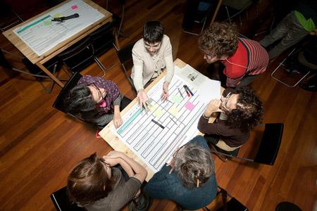 Univers Internet. Les xarxes socials com a eina per a la construcció d'un ciutadà conscient i participatiu