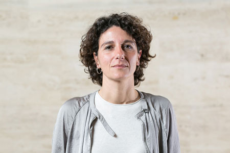 "Marina Garcés: ""The city has something in common with a prison when it never ends"""